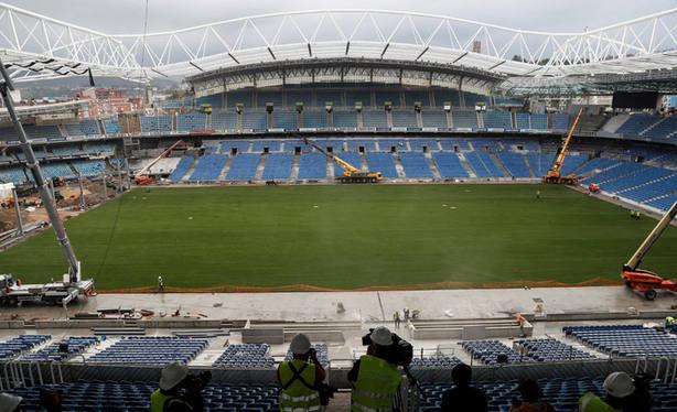 Estadio de Anoeta con el nuevo cesped