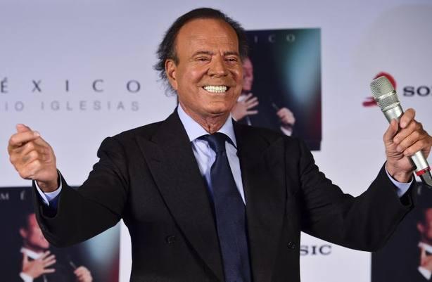 Julio Iglesias cumple 75 años celebrando sus bodas de oro en la música