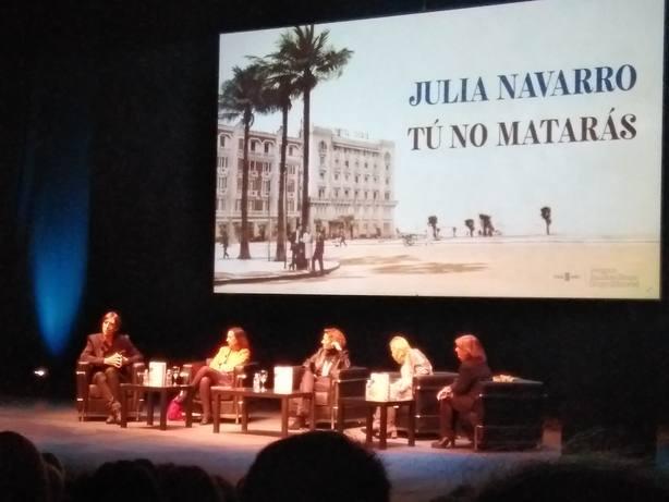 Julia Navarro presenta en Madrid Tú no matarás: Soy hija de la Transición y estoy orgullosa de poder contarla