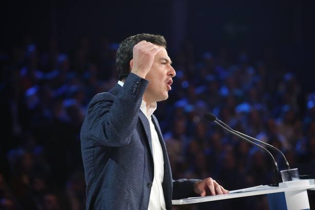 Juanma Moreno dice que la ola de cambio andaluz no se para y llevará democráticamente a Casado a la Moncloa