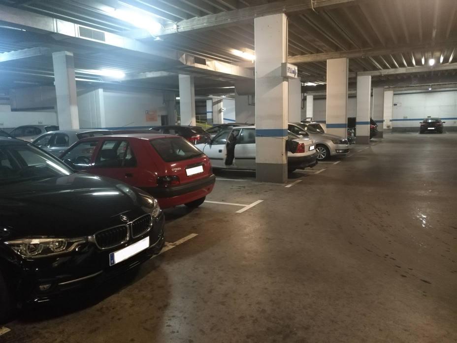 Estacionamiento de Porta Nova.