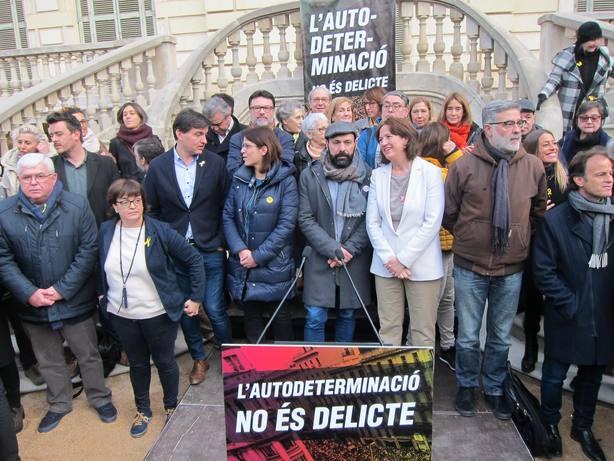 El soberanismo convoca manifestación el 16 de marzo en Madrid contra el juicio y huelga general en Cataluña el 21
