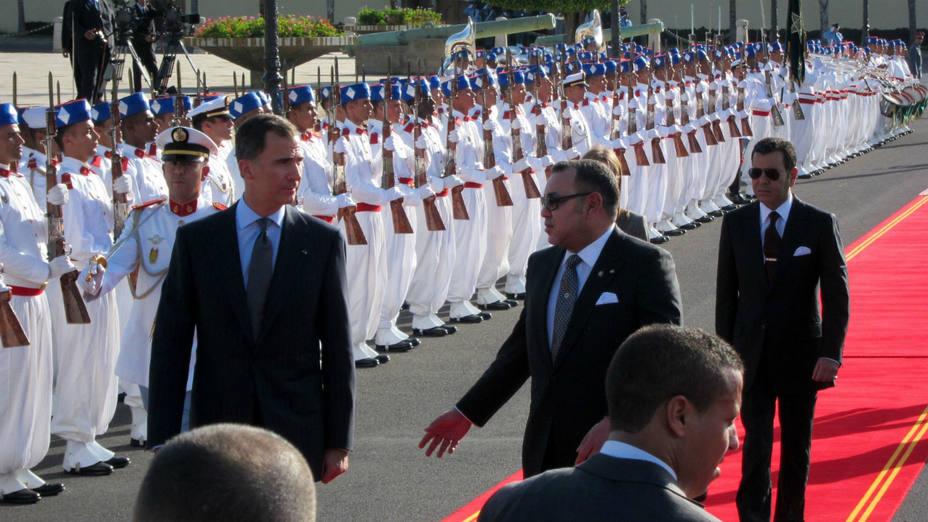 El rey Felipe VI con el rey Mohamed VI en Marruecos