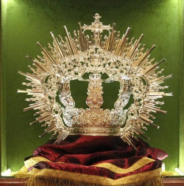 Presentada la nueva corona de Nuestra Señora en su Soledad