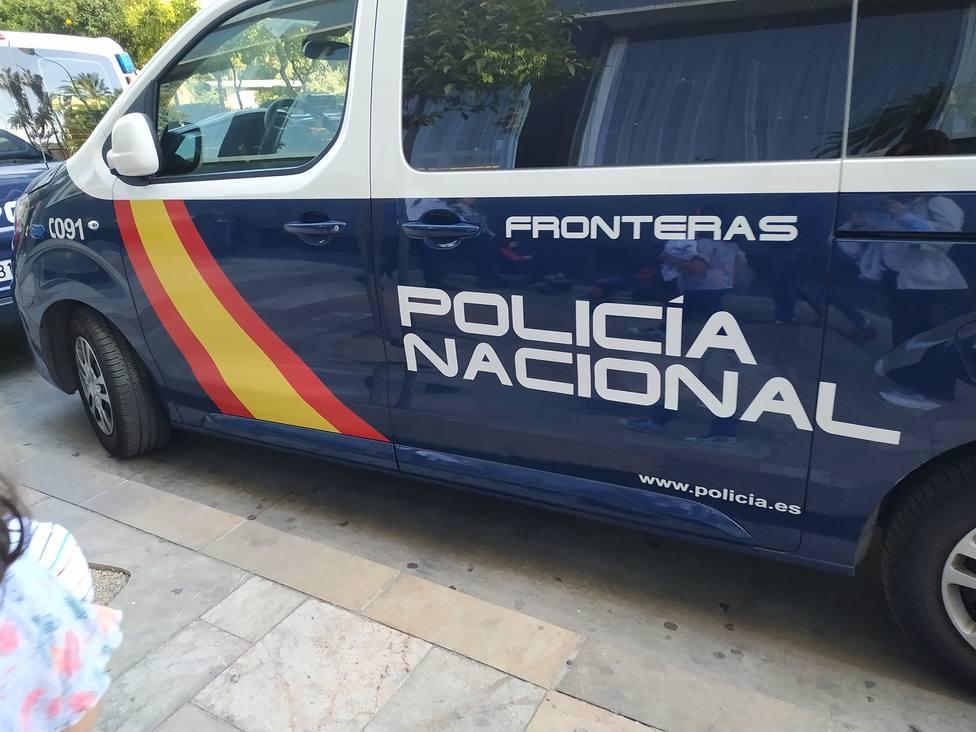 Policía Nacional, coche, agentes, Fronteras, recurso