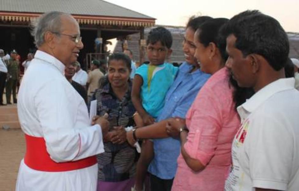 La historia del joven musulmán que defiende a los cristianos de Sri Lanka