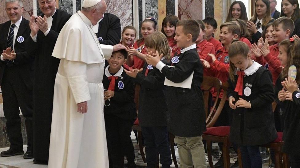 El Papa pide imitar la pasión por los últimos y descartados de Juan Bautista de La Salle
