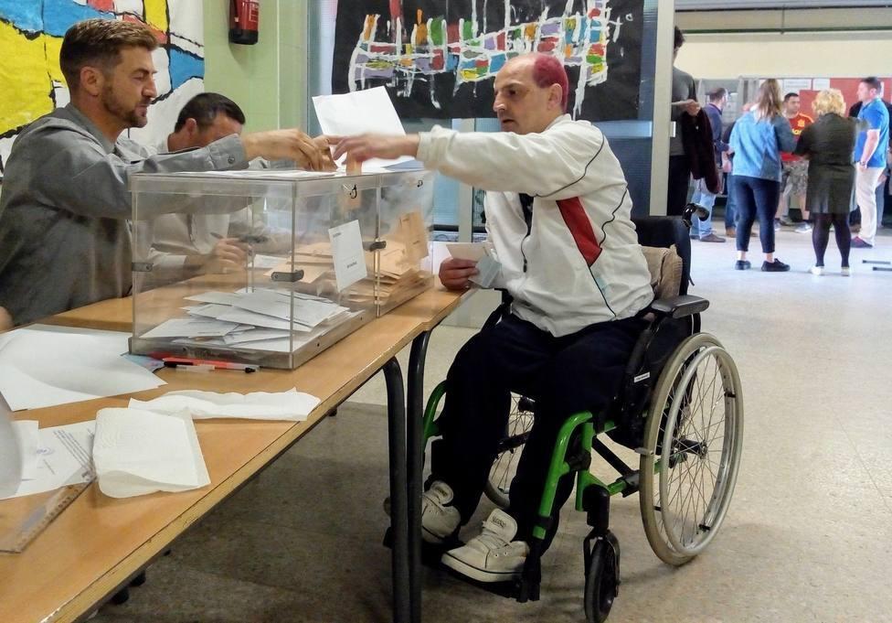 Más de 100.000 personas con discapacidad volverán a votar este domingo tras hacerlo por primera vez en abril