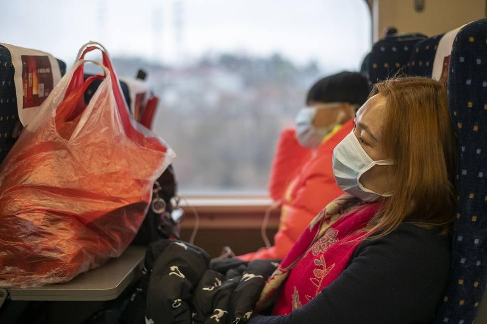 Emiratos Árabes Unidos confirma sus primeros casos del nuevo coronavirus chino