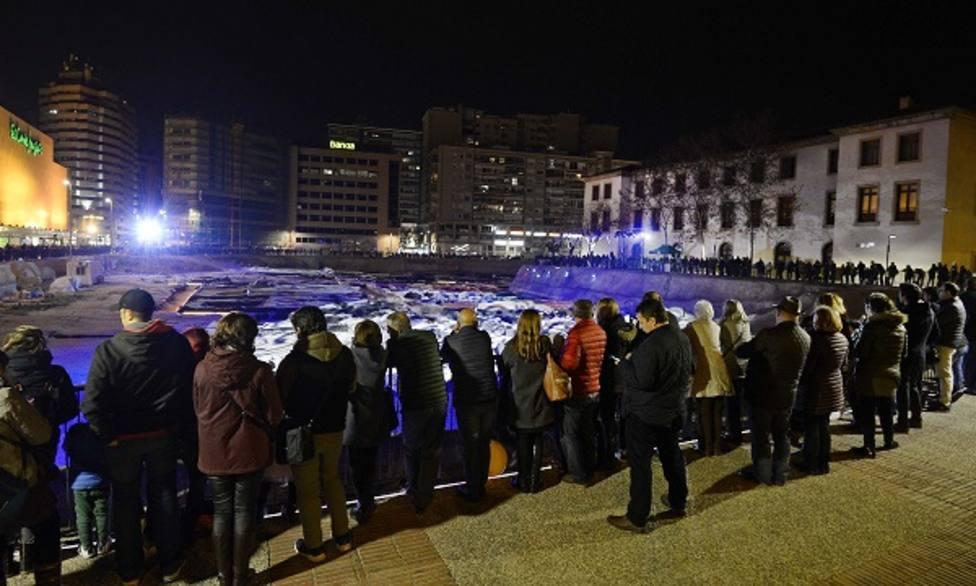 Miles de personas recorren 'San Esteban, el yacimiento bajo la luz'