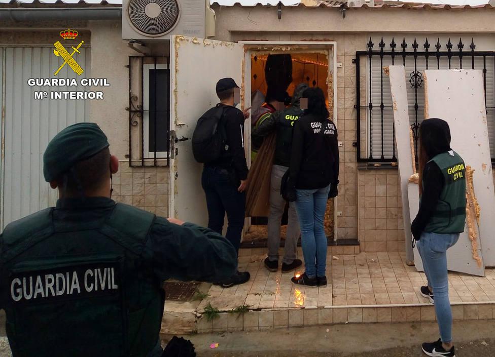 La Guardia Civil desmantela una organización criminal con la detención de 14 personas en la zona del Mar Menor