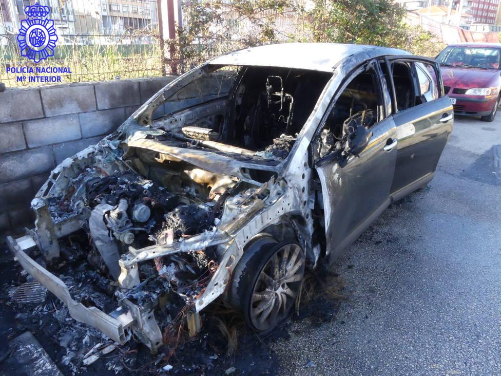 Hay al menos 16 vehículos dañados