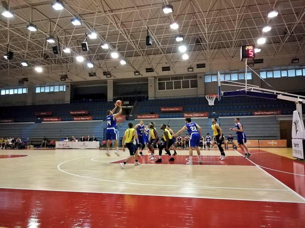 El pabellón Príncipe de Asturias estrenará dos canastas homologadas por la FIBA