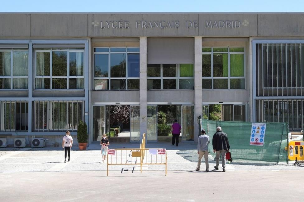 El Liceo Francés levanta la cuarentena al aula por un caso sospechoso tras confirmar que no era positivo