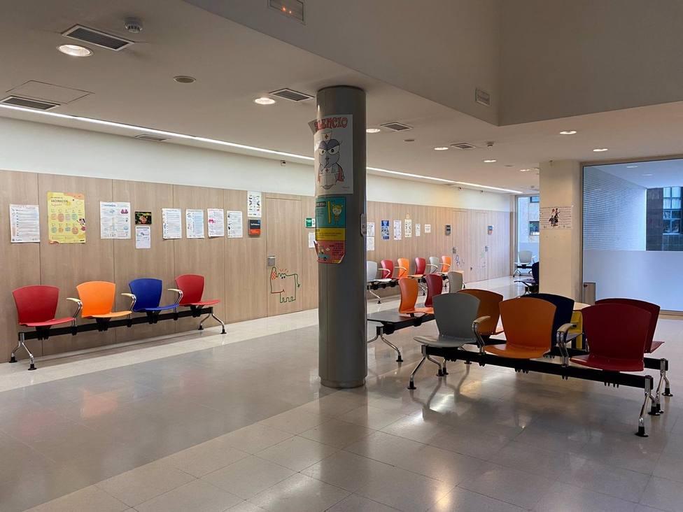 Pleno.- El consejero de Salud asegura que trabajan para recuperar la actividad presencial en primaria