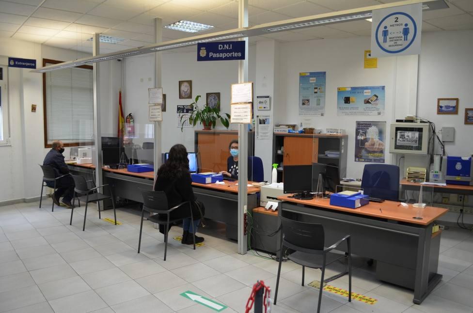La Comisaría de Monforte tramitó 559 carnés de identidad durante las tardes de verano