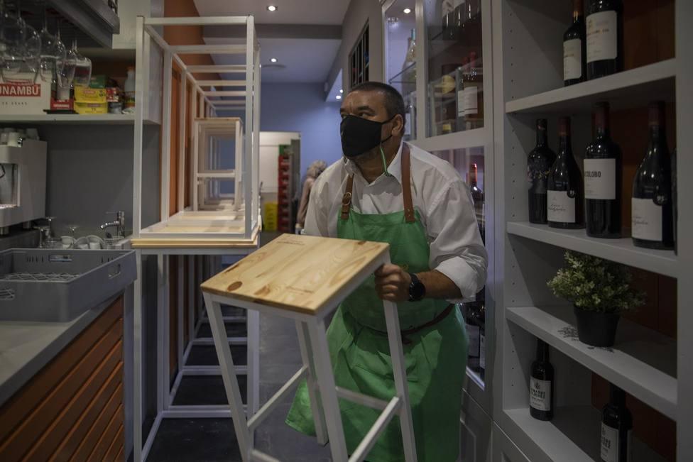 Andalucía permite abrir a la hostelería hasta las 23.30 horas exclusivamente para entrega a domicilio