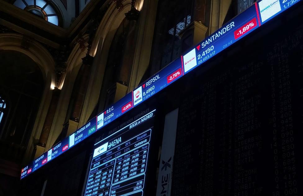 La Bolsa cierra en negativo en una sesión de escasa actividad y abundantes realizaciones de beneficios