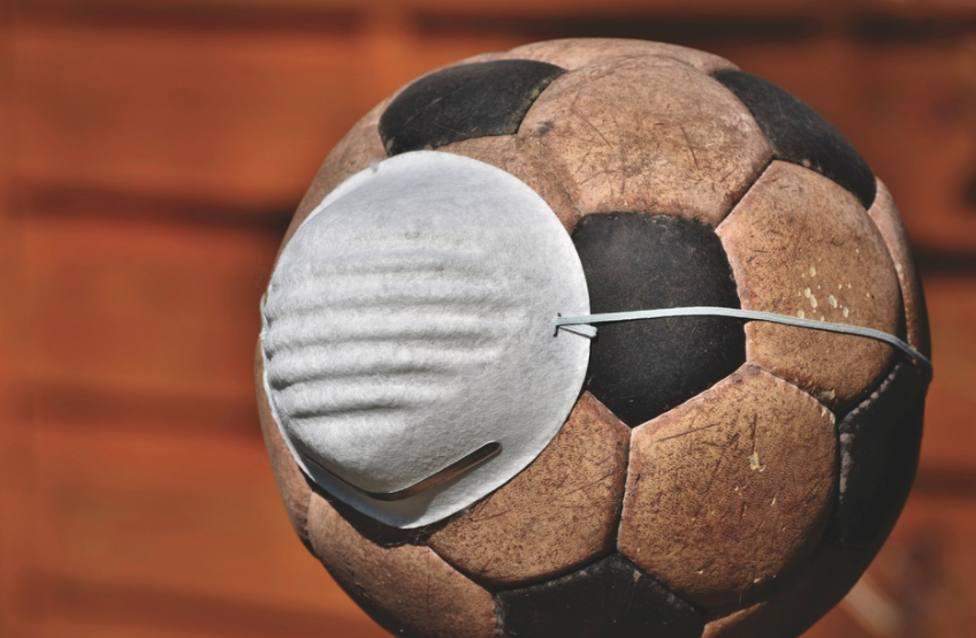 El CF Lorca Deportiva notifica un positivo en su plantilla