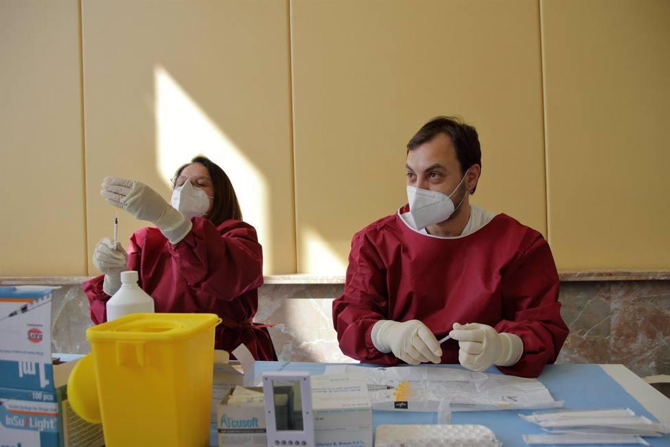 Italia notifica casi 17.000 casos más y otros 380 fallecidos por la covid-19