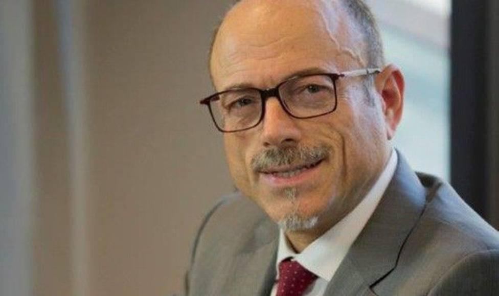 El presidente del Colegio de Médicos de Girona: los jueces esconden la inutilidad de los mandos de Policía Nac