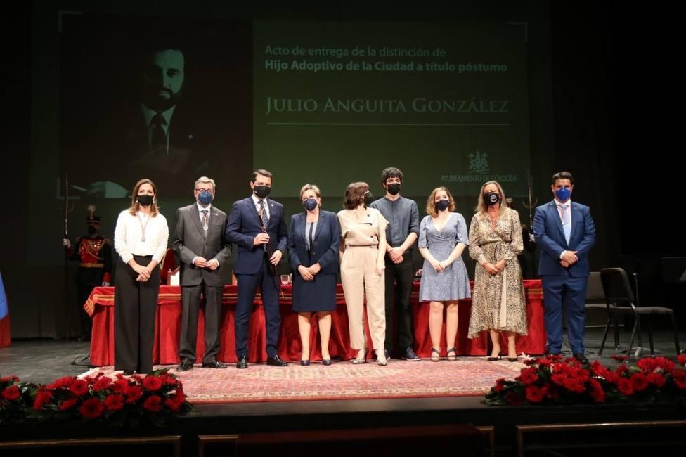 Un año sin Julio Anguita: así le recuerda su familia en un acto de reconocimiento póstumo