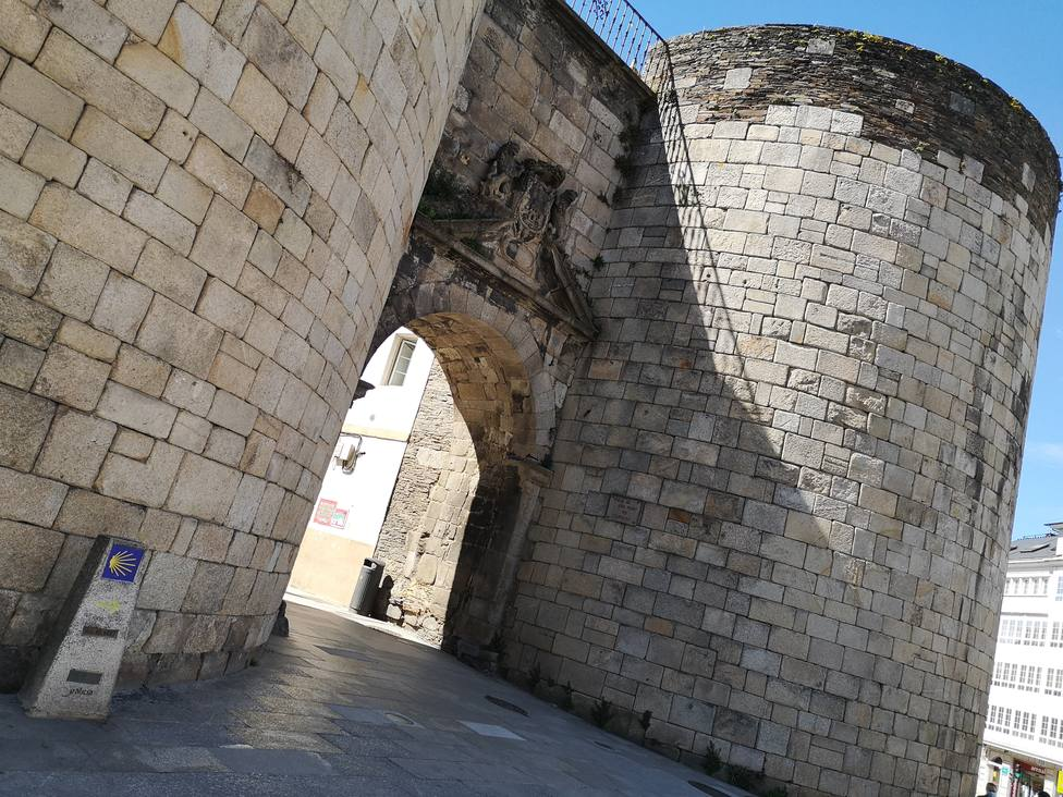 Entrada del Camino Primitivo de Santiago en el casco histórico de Lugo