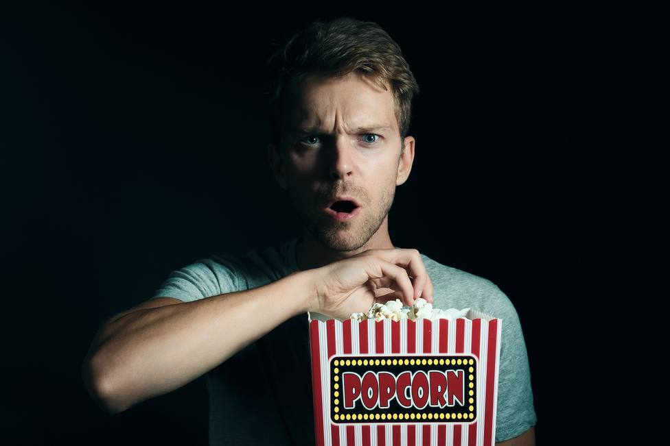 Comer palomitas en el cine