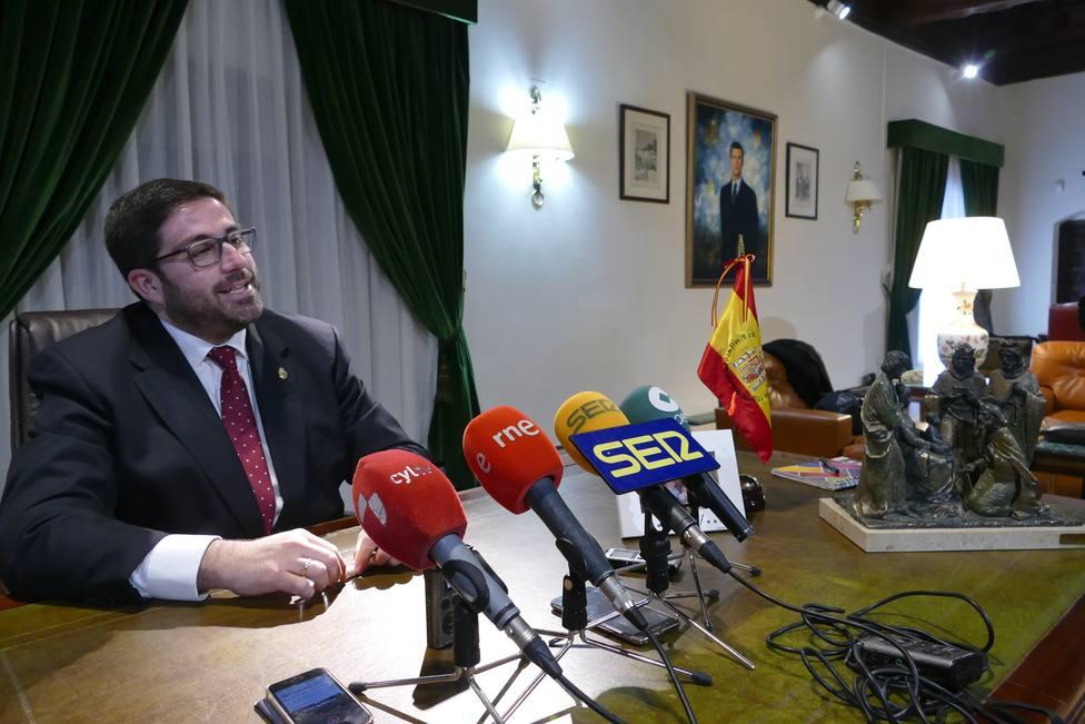 El PP se apoya en UPyD para presentar moción de censura contra Sánchez Cabrera en la Diputación de Ávila
