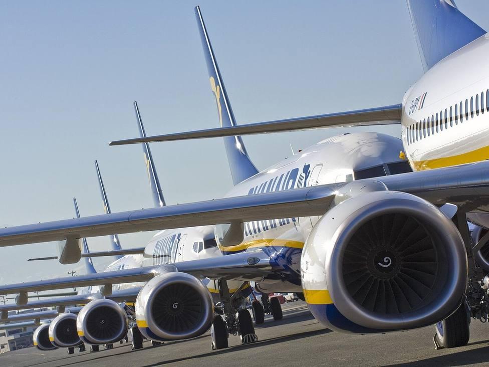 Ryanair plantea cerrar sus bases de Las Palmas, Tenerife Sur y Girona y sus TCP en España anuncian paros