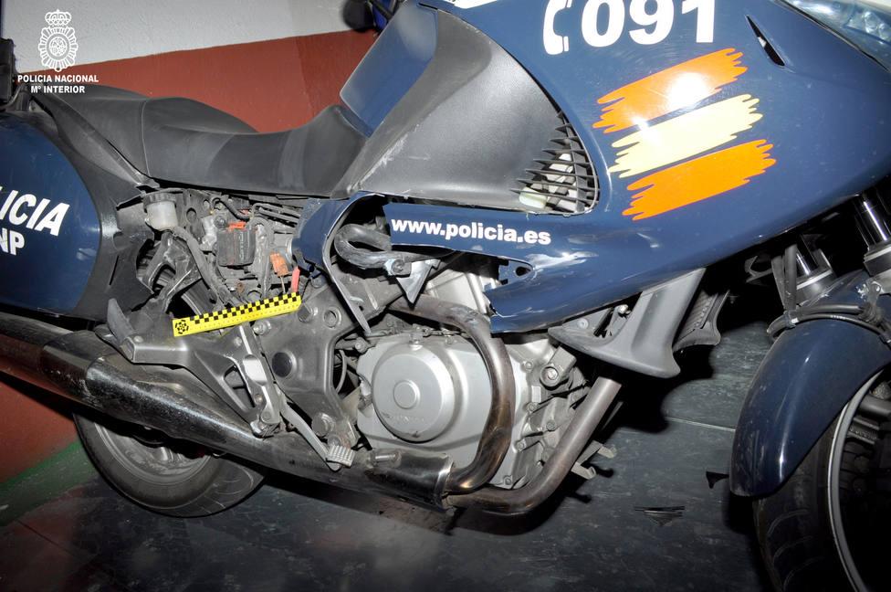 moto policial dañada