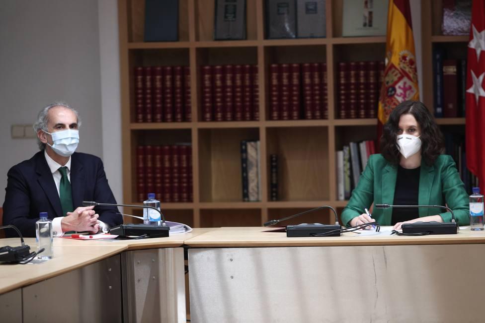 Madrid pide formalmente al Gobierno flexibilizar horarios de paseos y apertura limitada de centros comerciales