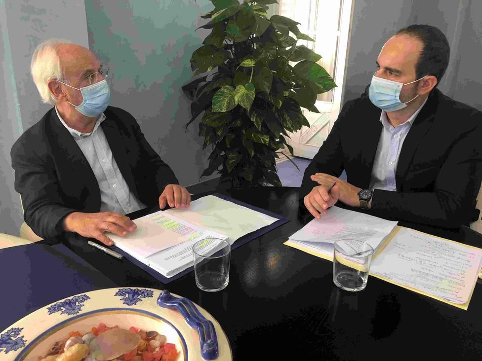 Subdelegación y Carboneras piden más tiempo para buscar alternativas ante el cierre de Endesa