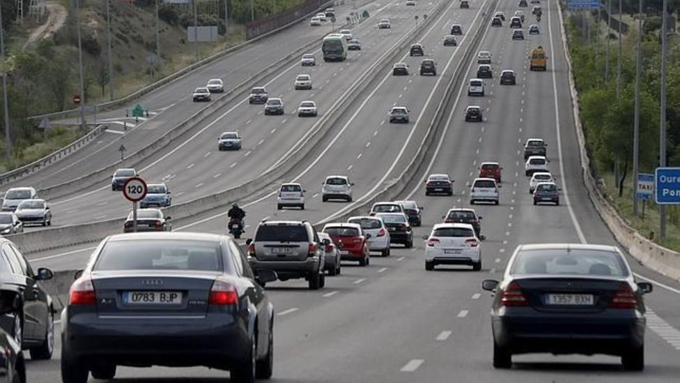 Circulación en la A-6, carretera de A Coruña, a la salida de Madrid - Efe