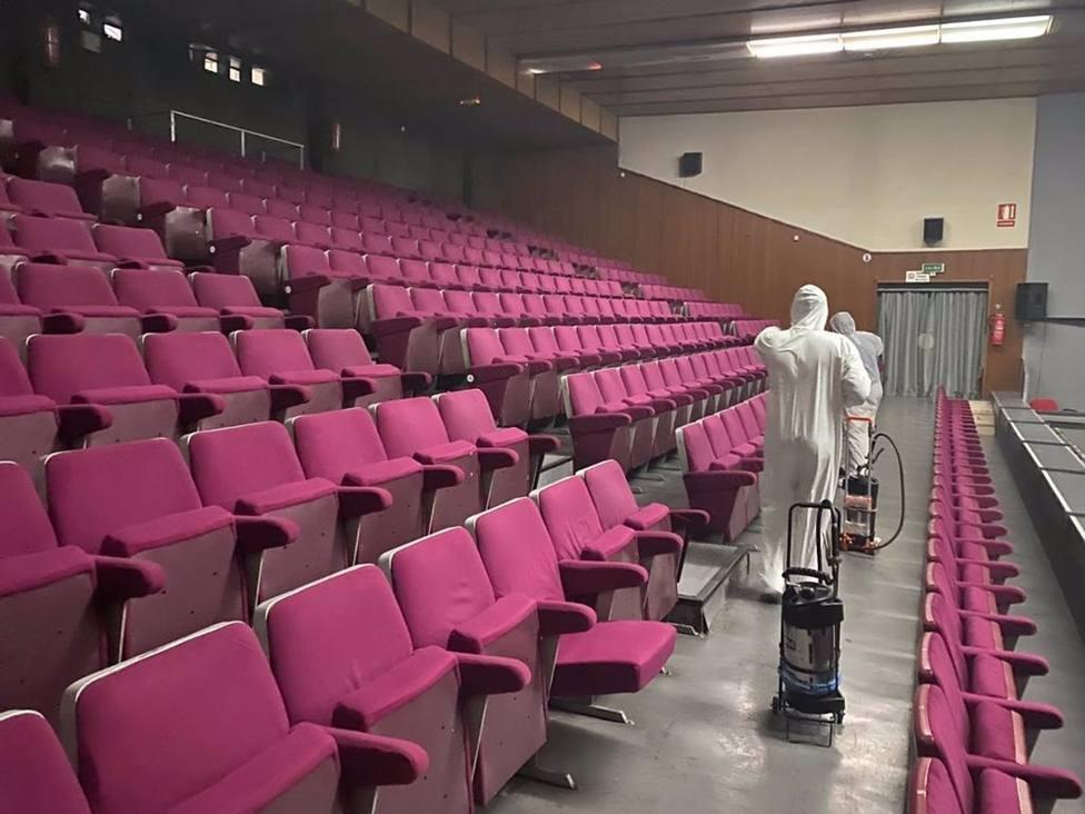 El Nuevo Teatro Circo desinfecta sus instalaciones con la técnica de la nebulización