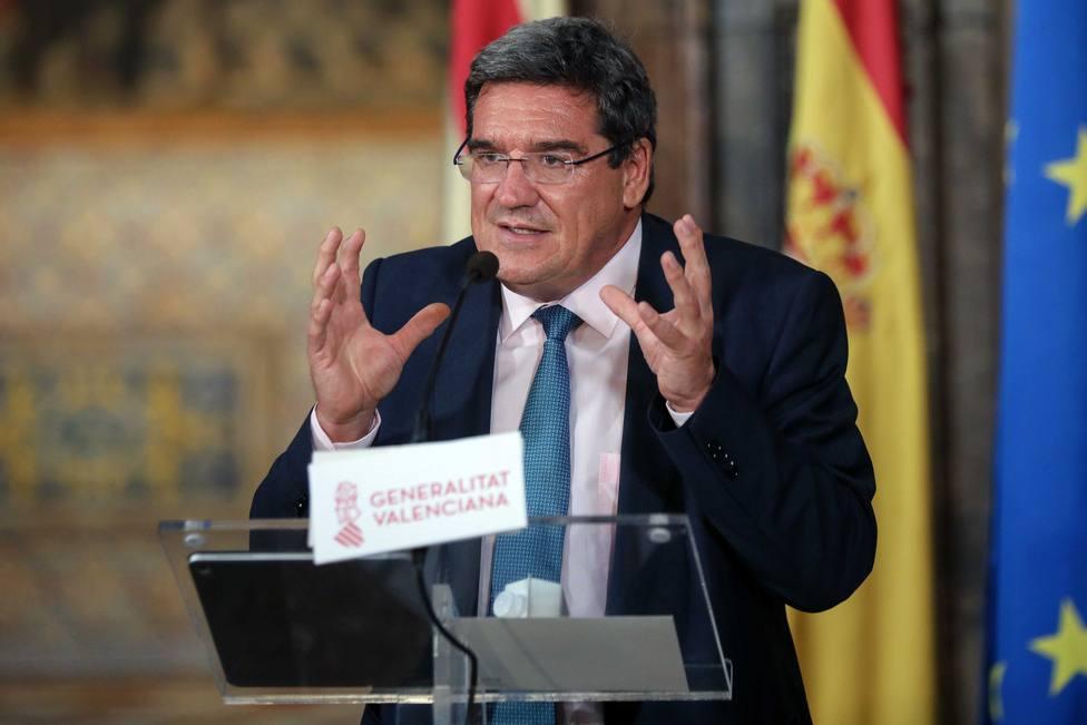 La Seguridad Social concede el ingreso mínimo vital a 136.000 hogares españoles