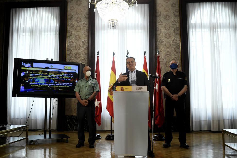 Franco tiene preparado el dispositivo policial para el cierre de Madrid pero pone en duda su legalidad