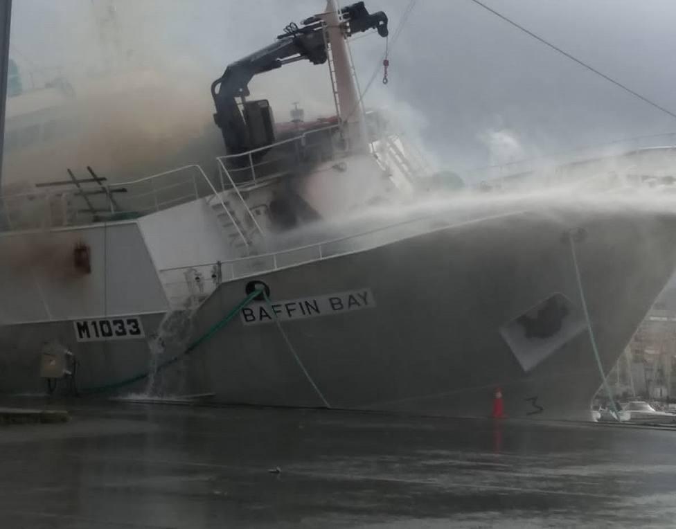Incendio en el Puerto de Vigo