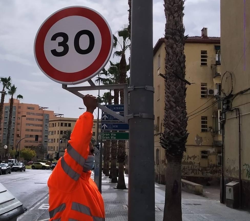 Estas son las calles de Alicante donde no se puede pasar de 30 km/h en el carril derecho