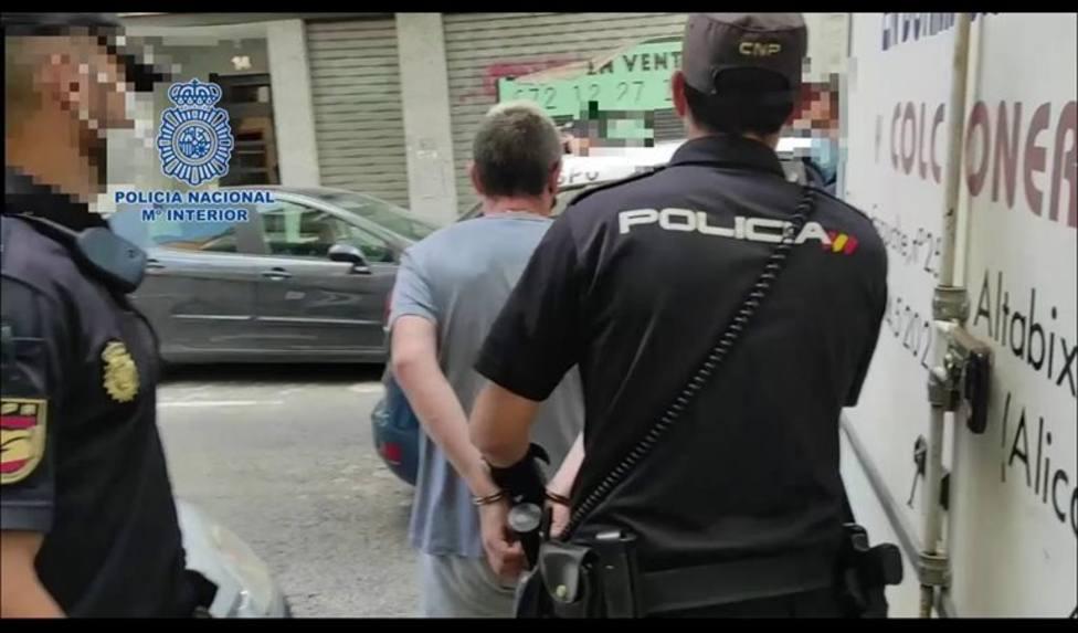 Tres detenidos en Elche por obligar a una joven de 16 años a prostituirse en una vivienda