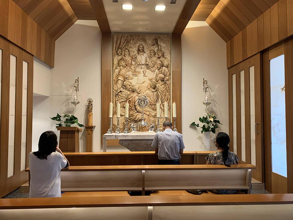 El sentido de las capillas de la Adoración Perpetua, en las que el Santísimo está siempre expuesto