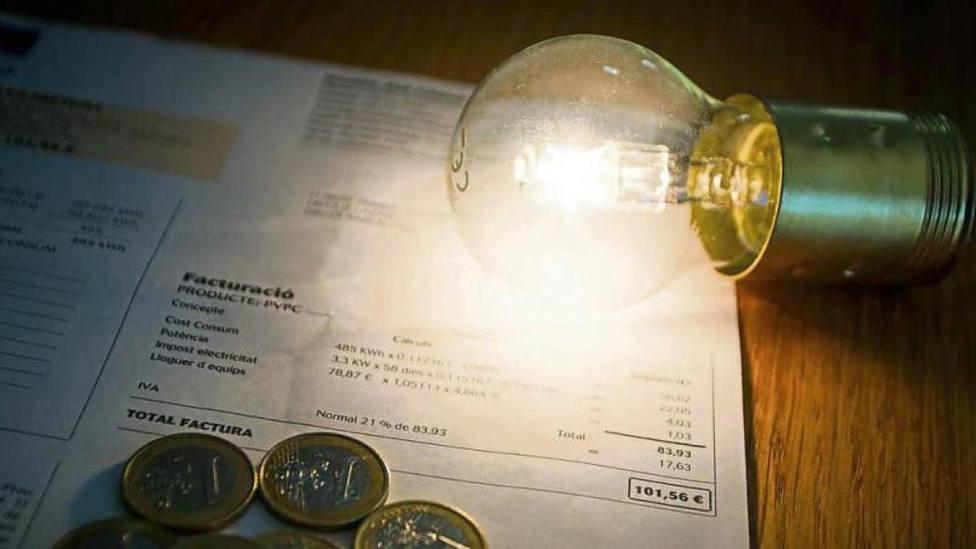 El precio de la luz sigue batiendo récords en septiembre mientras el Gobierno estudia todos los escenarios