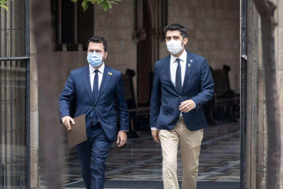 Pere Aragonès y Jordi Puigneró llegan a Cerdeña para reunirse con Puigdemont