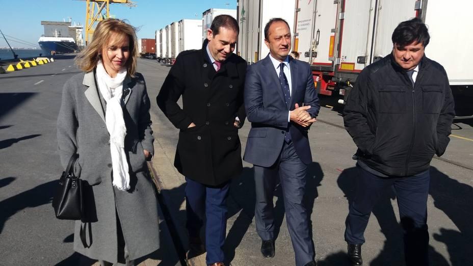 El delegado del Gobierno en Andalucía, preocupado por los pactos secretos PP-Vox y los ultrasecretos Cs-Vox