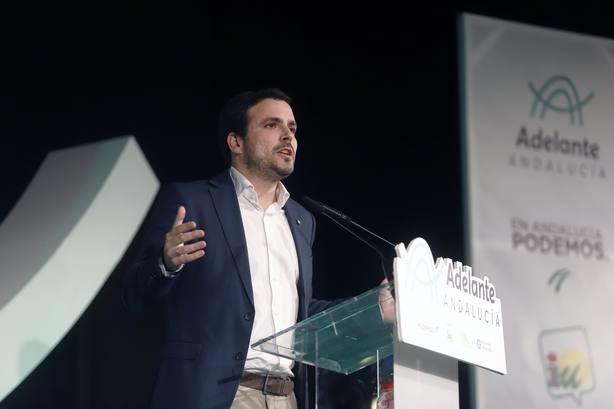 Garzón critica la política de clase de PP, Cs y Vox destinada a reducir y acabar con la calidad de servicios públicos