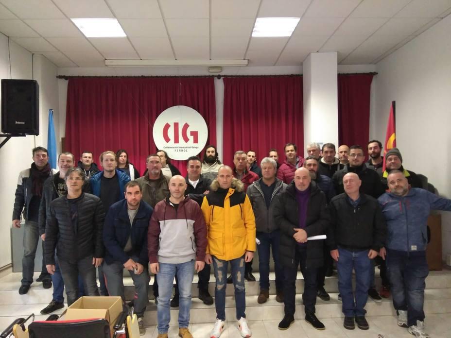 Participantes en la asamblea del sector naval de la CIG en Ferrol