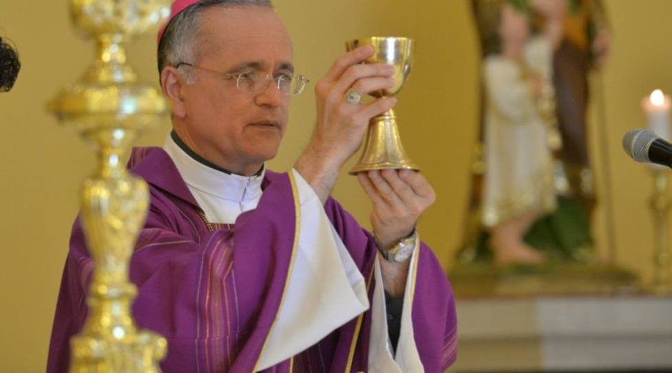El obispo nicaragüense denuncia que el Gobierno planea matarlo y que se marchará a Roma