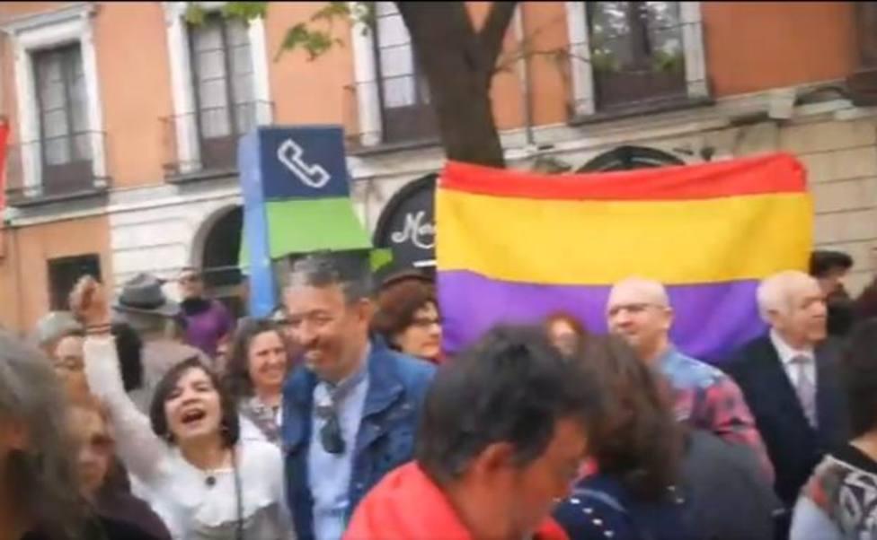 Un candidato socialista, presente en el acoso a una cofradía de Valladolid