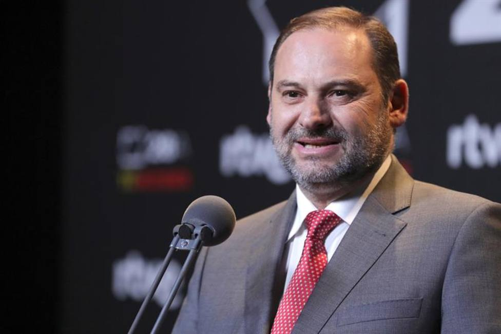 Sánchez desaparece tras el debate y comparece Ábalos en su lugar