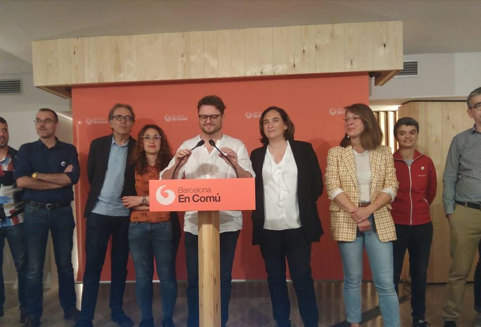 Los inscritos de BComú eligen pactar con el PSC para que Colau sea alcaldesa de Barcelona con el 71% de apoyos